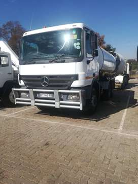 18 000 Liter Water Truck For Sell
