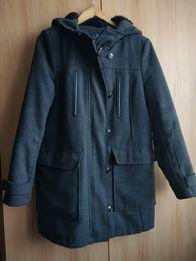 Zimowy płaszcz z kapturem C&A r.40/42