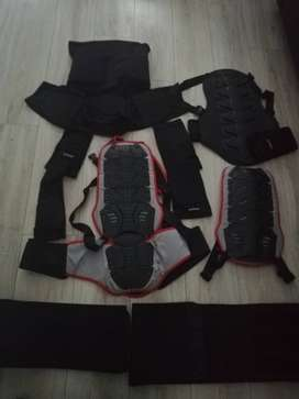 4x Chest guards, 2x kidney belts 2x knee guards for sale
