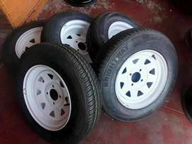 Trailer rims with tyres size 13 each R950 for sell call for order