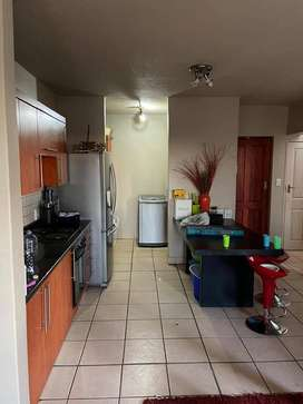×2 bedroom for in Thornhill village R3 500 rent..