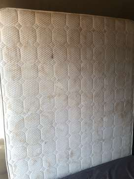 High Quality King Size Mattress with Base