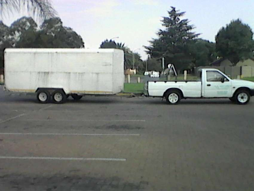 Bakkie and Closed Trailer for Hire 0