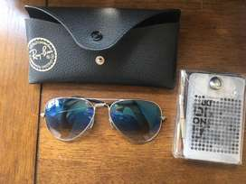 Ray-Ban Blue Fade Avaitor sunglasses w/ free cleaning kit