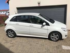 Mercedes Benz B200 Turbo in Excellent condition