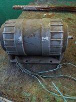 Электродвигатели АВЕ-052-4МУЗ