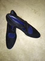 Туфли замш, в нутри кожа, черные на узкую ногу, размер 37,5