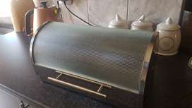 Stainless steel and glass bread bin