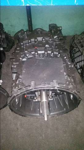 ZF Astronic 16 Speed Gearbox