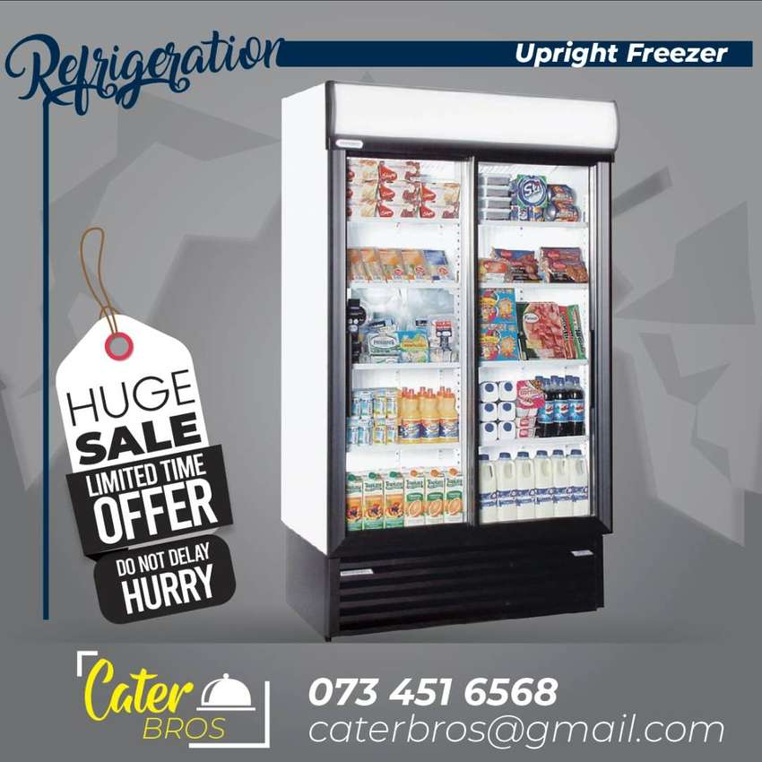 DOUBLE SWING DOOR UPRIGHT FREEZER