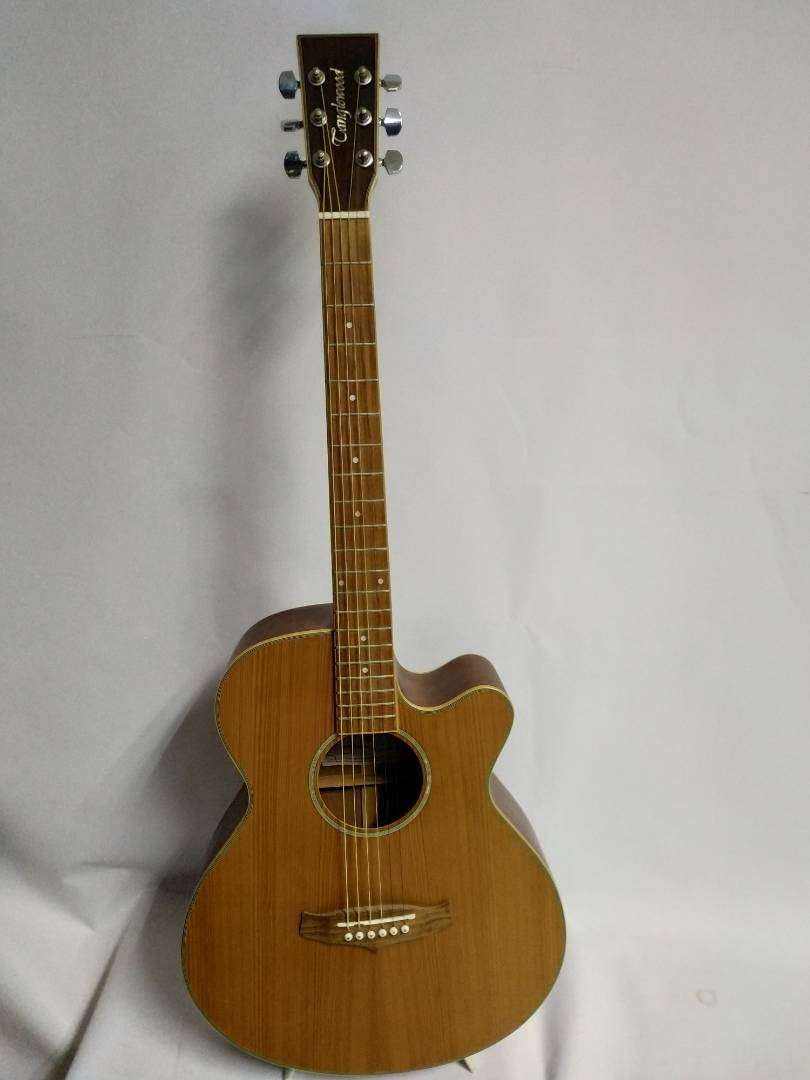 Tanglewood TSF acoustic guitar 0