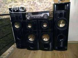 Sound System for sale or swap for an nice camera or laptop