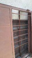 Забор из металлического уголка с сткой б.у.