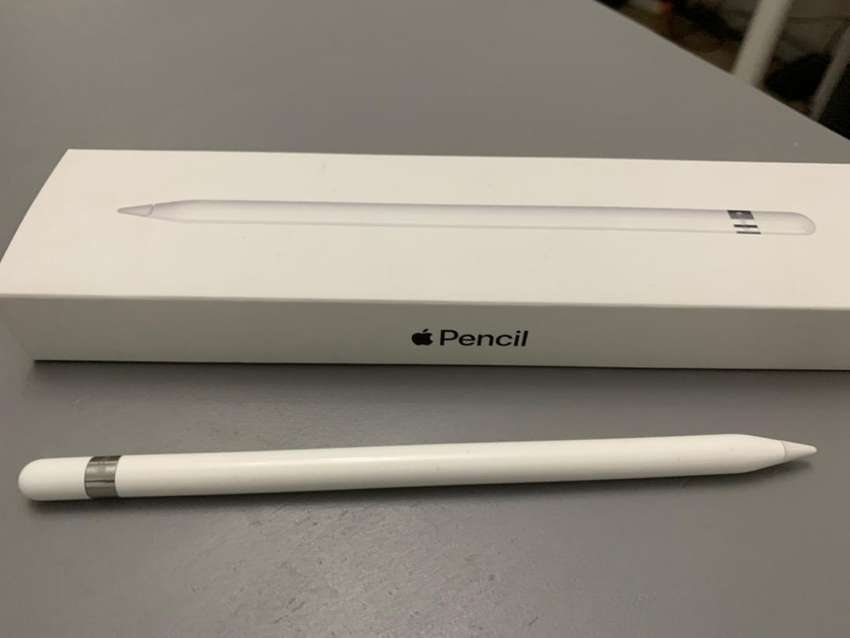 Apple Pencil 1 with box 0