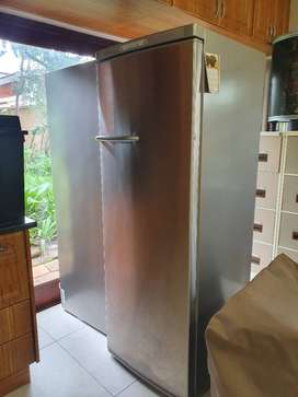 Fridge and freezer Bosch