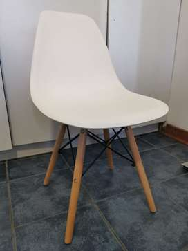 White chairs with wooden legs for SALE