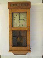 Часы настенные с маятником. 1935 г.