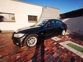 2011 BMW E90  320i LCI 6 SPEED MANUAL