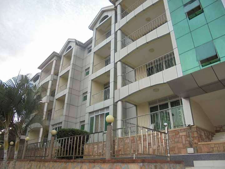 Fully furnished 3 bedroom apartment for rent in Munyonyo at 3.8m 0