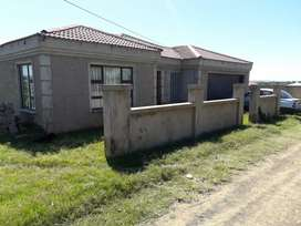 House for sale in Necrha Village 2 East London