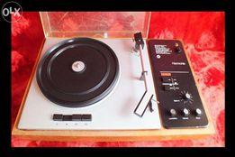 Stary gramofon Harmonie 3 tryby napędu płyt winylowych 16 , 33 i 45