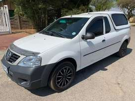 Nissan NP200 1.6 i Safety Pack