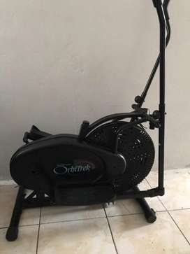 Orbitrek exercise bike like new R1000
