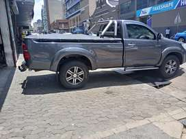 Toyota hilux single cab 3.0 model 2013 mileage 120000