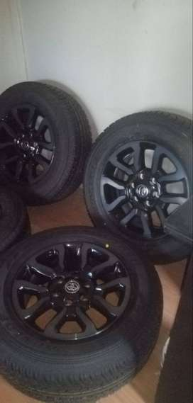 New Set of 18'' Toyota Legend RS mags and tyres.