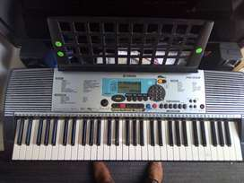 PIANO YAMAHA PSR-225GM