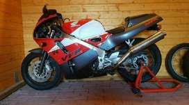 1995 Honda Vfr 400cc Nc30 for sale bike starts and runs with logbook