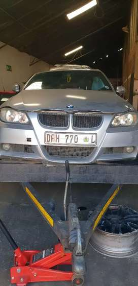 BMW E90 Preface Stripping for spares *new stock*