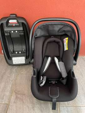 0-6 month cbx car seat and isofix