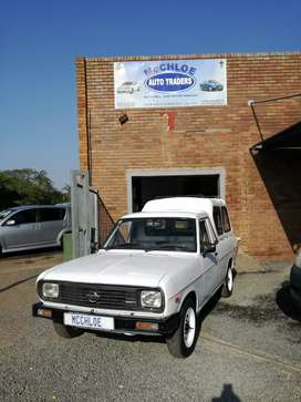 Nissan bakkie good condion in out