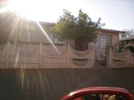 Loeriesfontein home for sale