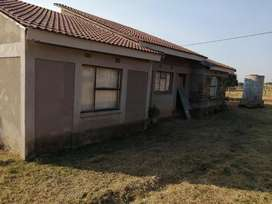 House still in good condition u can call me on