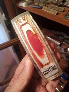 Cortina mk2, red C badge, on grille