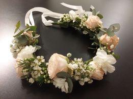 Wianki z żywych kwiatów ślubny komunijny na sesję panieński studniówka