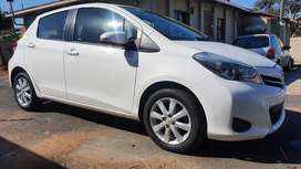2013 Toyota Yaris 1.3 XS 5 Door Manual