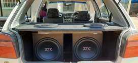 Hi there im selling a car sound system