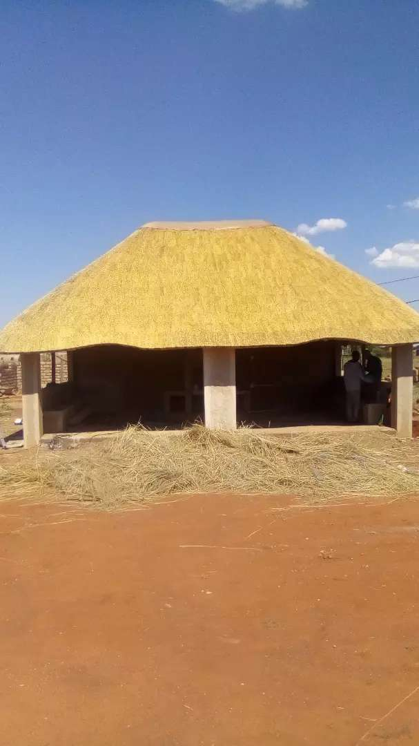 Thatch roofs and lapa