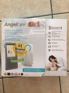 AngelCare AC1100 baby video monitor