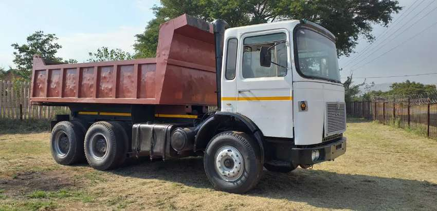 F80 MAN 30-280 , 10 Cube Tipper For Sale