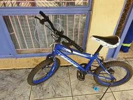 KIDS BICYCLE (very good condition)