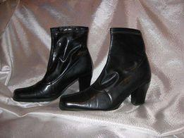 Отличные ботиночки-чулки 37-38 размер