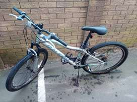"26"" Raleigh Hardtail Mountain Bike"