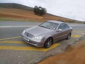 Selling my Mercedes Benz clk 320
