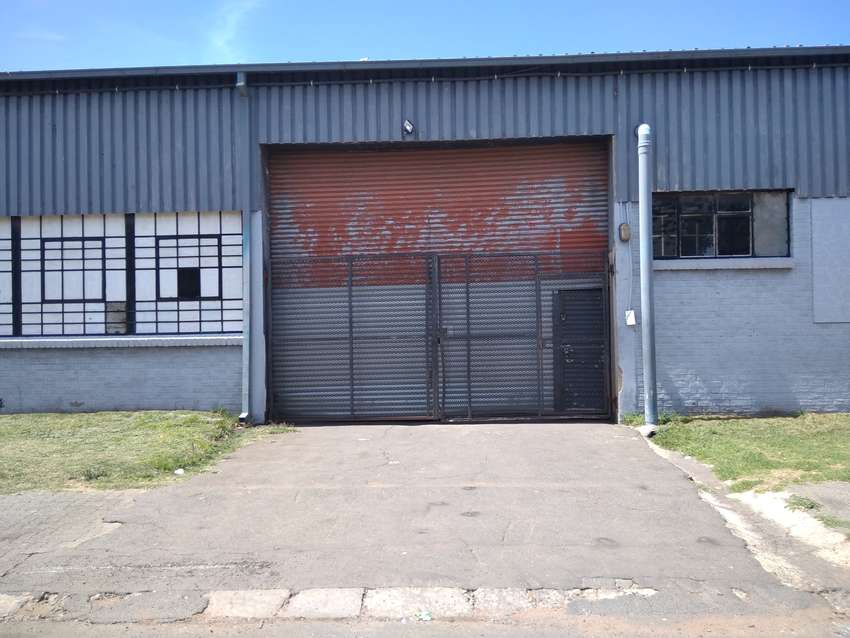 Industrial/Commercial/Warehouses to Let in Cleveland, JHB from R13000