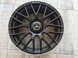 19 INCH MERCEDES SL65 BRAND NEW SET OF MAGS AVAILABLE