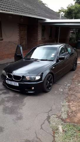 Looking good condition BMW 318i with also sunroof